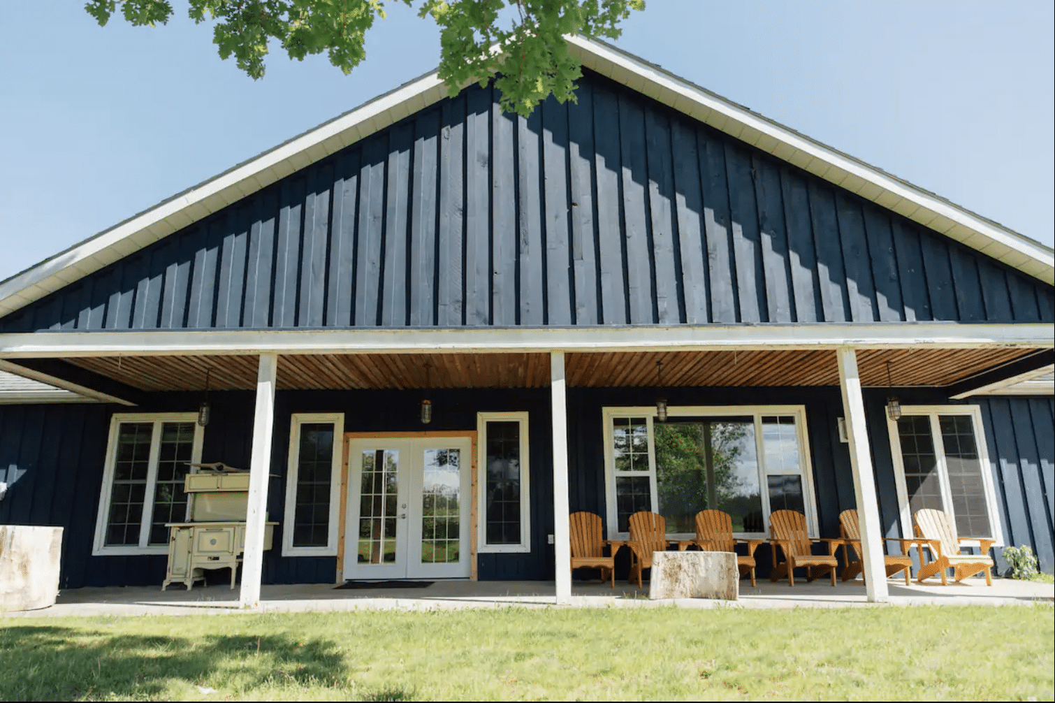 Vines And Vintages, UnWINEd Experience in Prince Edward County